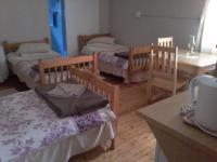 Bed Room 1 of property in Beaufort West