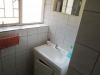 Bathroom 1 - 2 square meters of property in Sasolburg