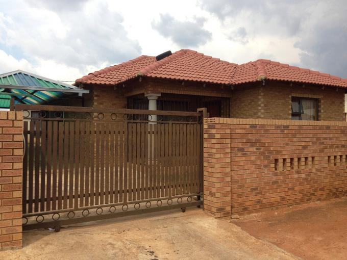 3 Bedroom House for Sale For Sale in Dobsonville - Private Sale - MR108451