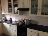 Kitchen - 9 square meters of property in Dobsonville