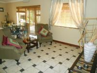 Lounges - 33 square meters of property in Waverley