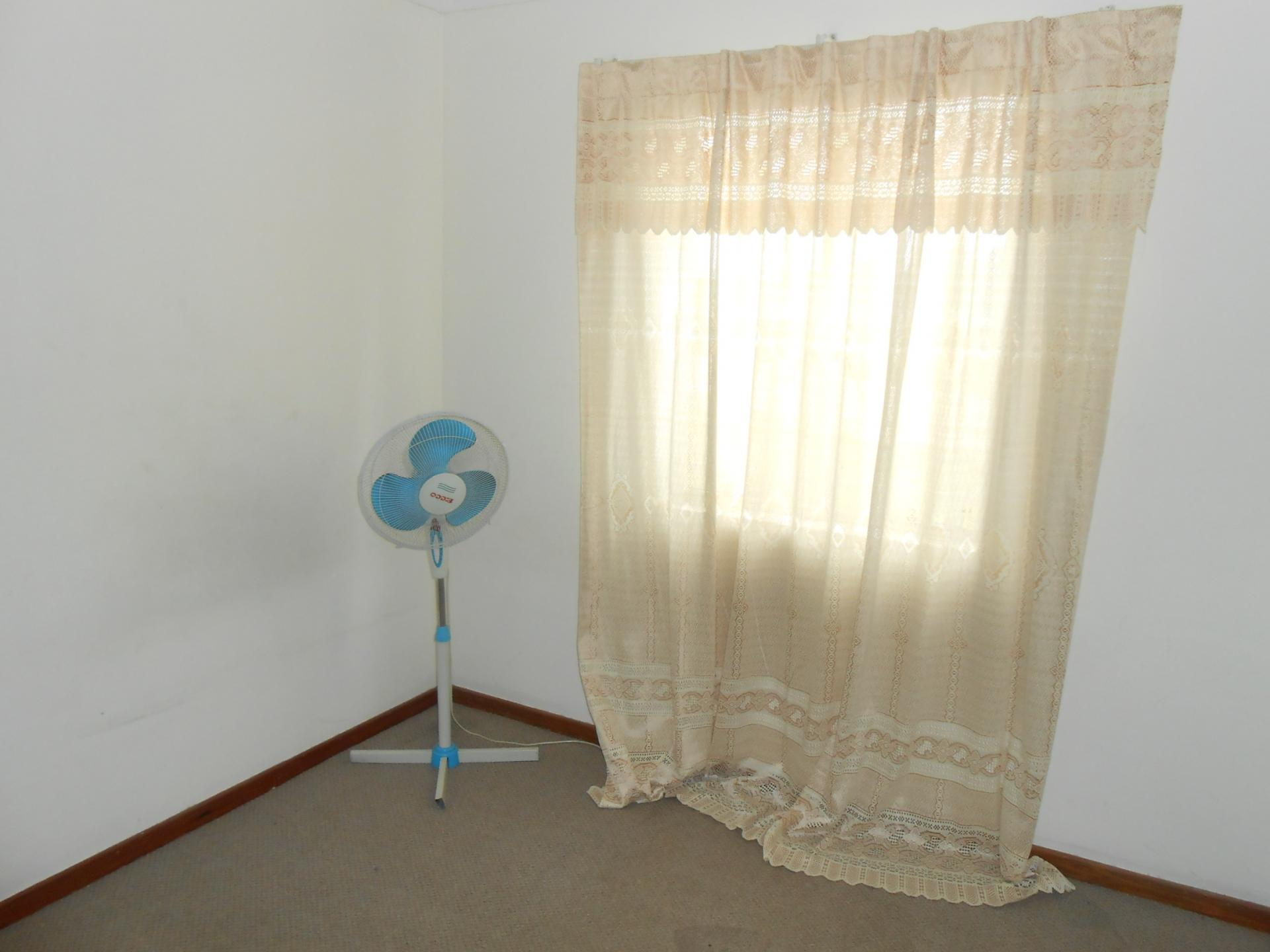 Offer To Rent Room Bath And Car