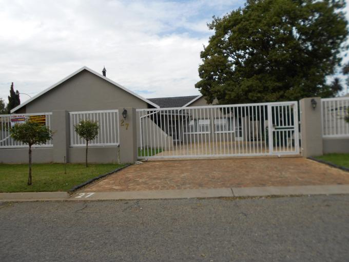 5 Bedroom House for Sale For Sale in Boksburg - Private Sale - MR108534