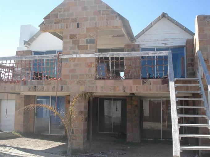 Standard Bank Repossessed 4 Bedroom House for Sale on online auction in Port Nolloth - MR108541