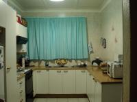 Kitchen - 18 square meters of property in Florida Lake