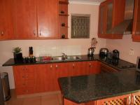 Kitchen - 8 square meters of property in Seaview