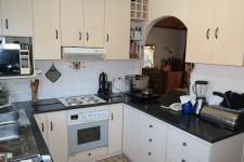 Kitchen - 10 square meters of property in Durbanville