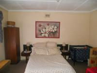 Bed Room 1 - 25 square meters of property in White River