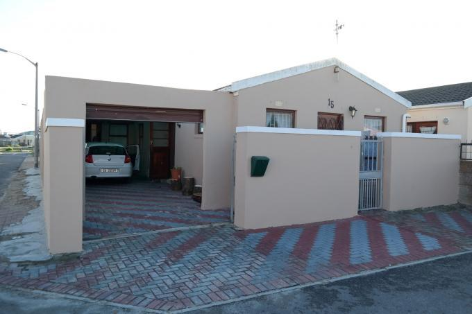 Standard Bank EasySell 3 Bedroom House for Sale For Sale in Milnerton - MR108737