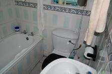 Bathroom 1 - 2 square meters of property in Milnerton