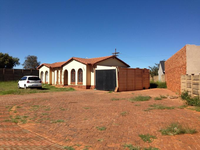 Standard Bank EasySell 3 Bedroom House for Sale For Sale in Lenasia South - MR108764