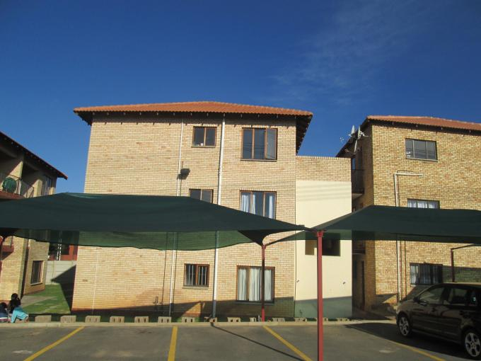 Standard Bank EasySell 3 Bedroom Apartment for Sale For Sale in Tulisa Park - MR108767