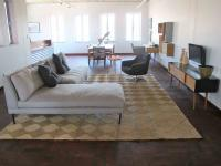 Lounges - 20 square meters of property in Jeppestown