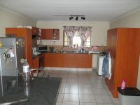 Kitchen - 17 square meters of property in Nelspruit Central