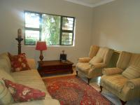 Lounges - 42 square meters of property in Sinoville