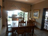 Dining Room - 15 square meters of property in Sinoville