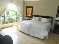Main Bedroom - 28 square meters of property in Sinoville