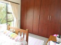Bed Room 1 - 20 square meters of property in Sinoville