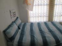 Bed Room 1 - 10 square meters of property in Kibler Park