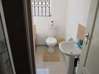 Bathroom 1 - 5 square meters of property in Kibler Park