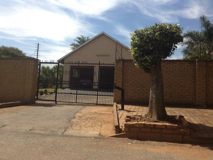 7 Bedroom House for Sale For Sale in Randfontein - Home Sell - MR108868