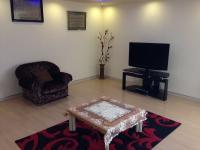 Lounges - 24 square meters of property in Robertsham