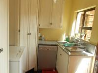 Kitchen - 25 square meters of property in Raslouw