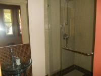 Bathroom 1 - 3 square meters of property in Berea - DBN