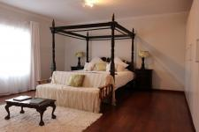 Main Bedroom - 45 square meters of property in Clubview