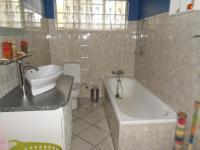 Bathroom 1 - 6 square meters of property in Eastleigh