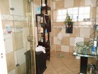 Main Bathroom - 7 square meters of property in Eastleigh