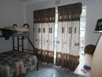 Bed Room 1 - 15 square meters of property in Eastleigh