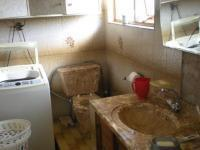 Bathroom 1 - 8 square meters of property in Mobeni Heights