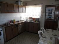 Kitchen - 28 square meters of property in Mobeni Heights