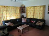 Lounges - 48 square meters of property in Norscot