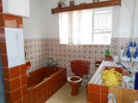 Main Bathroom - 7 square meters of property in Kempton Park