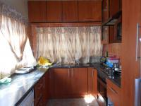 Kitchen - 12 square meters of property in Robertsham