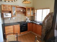 Kitchen - 7 square meters of property in Bergville