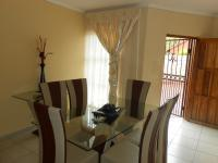 Dining Room - 15 square meters of property in The Orchards