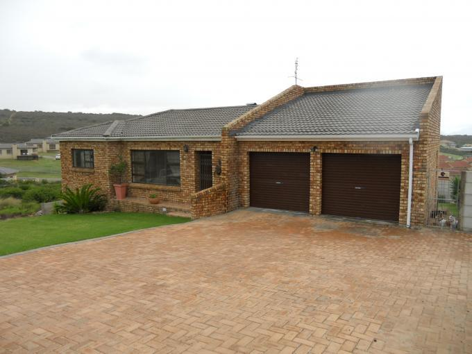 3 Bedroom House For Sale in Hartenbos - Private Sale - MR109091