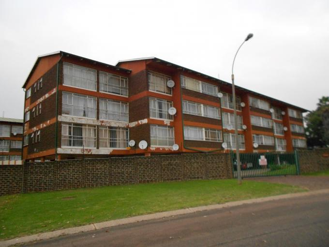 2 Bedroom Apartment for Sale For Sale in Kempton Park - Home Sell - MR109139