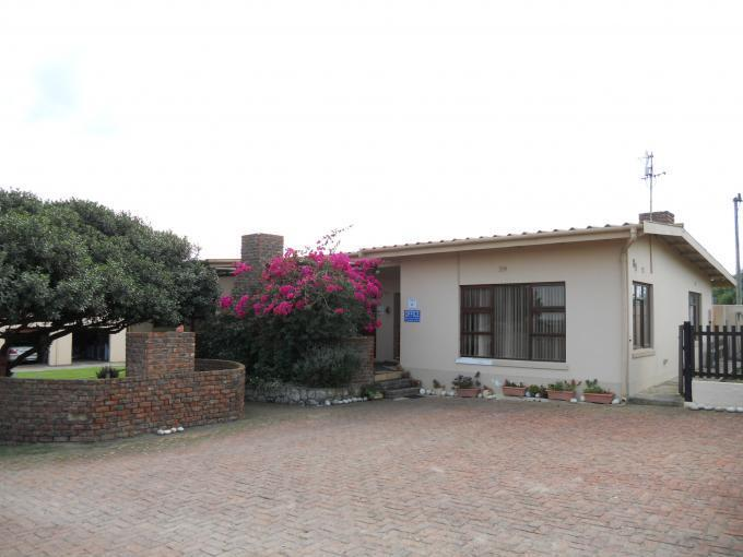 4 Bedroom House For Sale in Witsand - Private Sale - MR109140