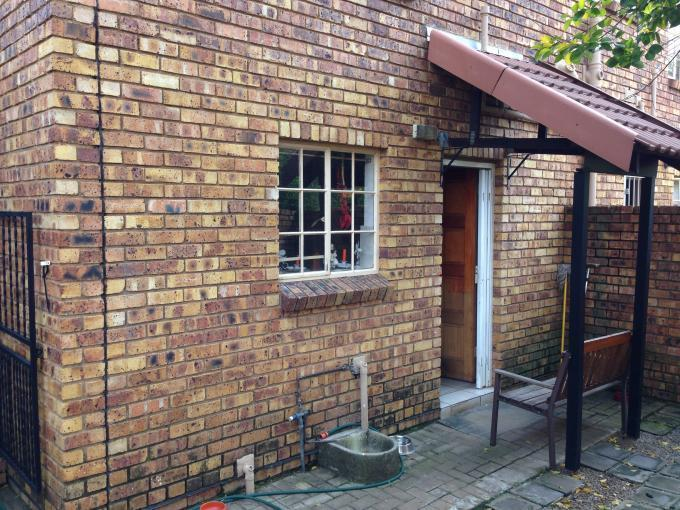 2 Bedroom Duplex for Sale For Sale in Wilgeheuwel  - Private Sale - MR109193