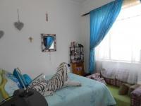 Bed Room 2 - 14 square meters of property in Kenilworth - JHB