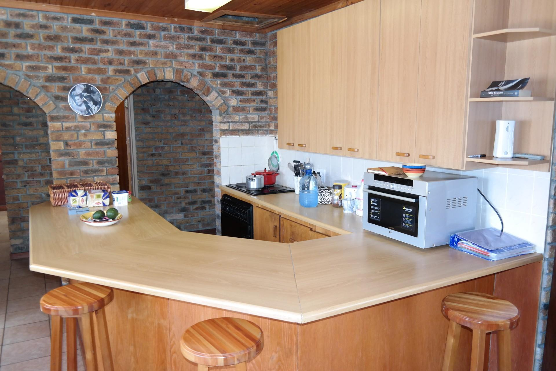 Kitchen - 15 square meters of property in Franskraal