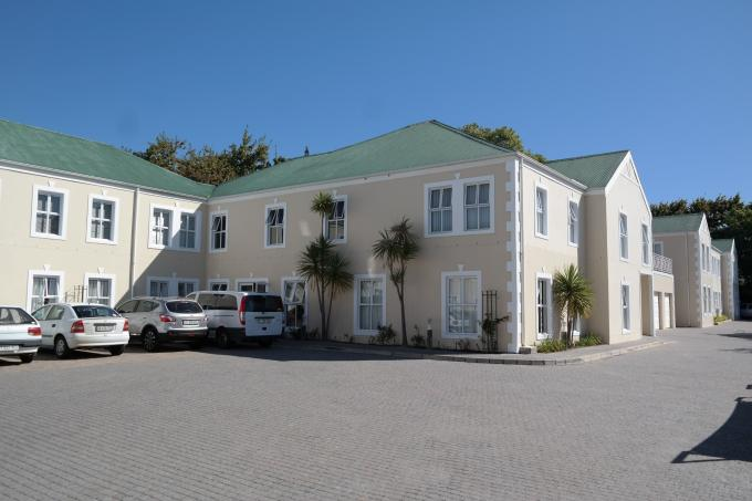 1 Bedroom Retirement Home For Sale in Durbanville   - Home Sell - MR109347
