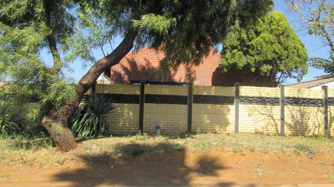 Standard Bank EasySell 3 Bedroom Cluster for Sale For Sale in Ennerdale - MR109425
