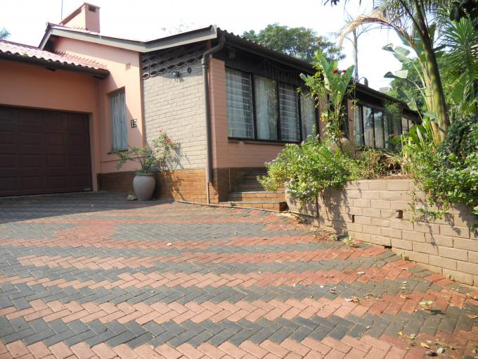 4 Bedroom House For Sale in Empangeni - Home Sell - MR109436