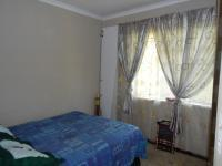 Bed Room 1 - 23 square meters of property in Homestead