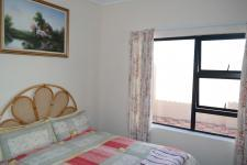 Bed Room 2 - 12 square meters of property in Yzerfontein